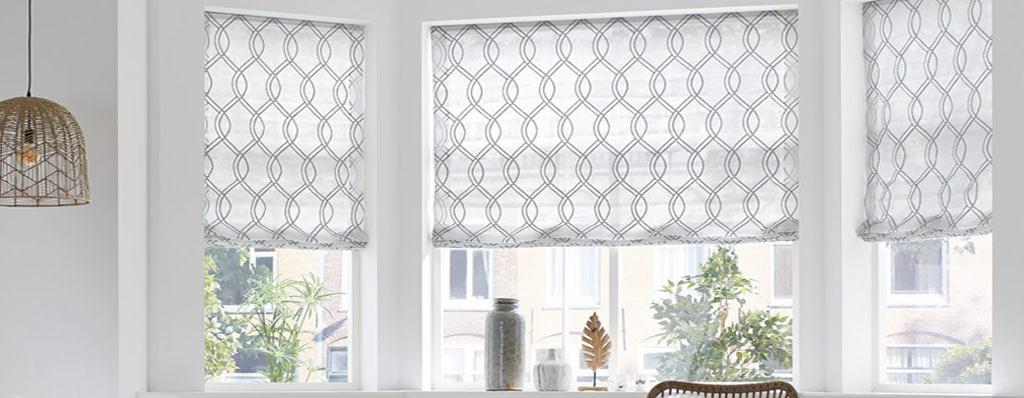 vouwgordijnen en roman blinds raambekleding